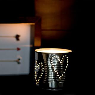 cara memanfaatkan kaleng bekas untuk tutup lampu tidur