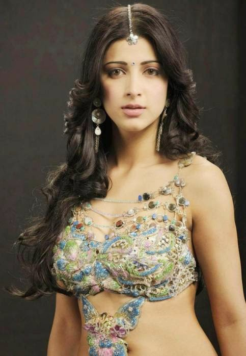 S, Shruti Hassan, Shruti Hassan Hot pics, HD Actress Gallery, latest Actress HD Photo Gallery, Latest actress Stills, Telugu Movie Actress, Tollywood Actress, Indian Actress, Saree pics, Telugu movie actress shruti hassan hot stills in saree