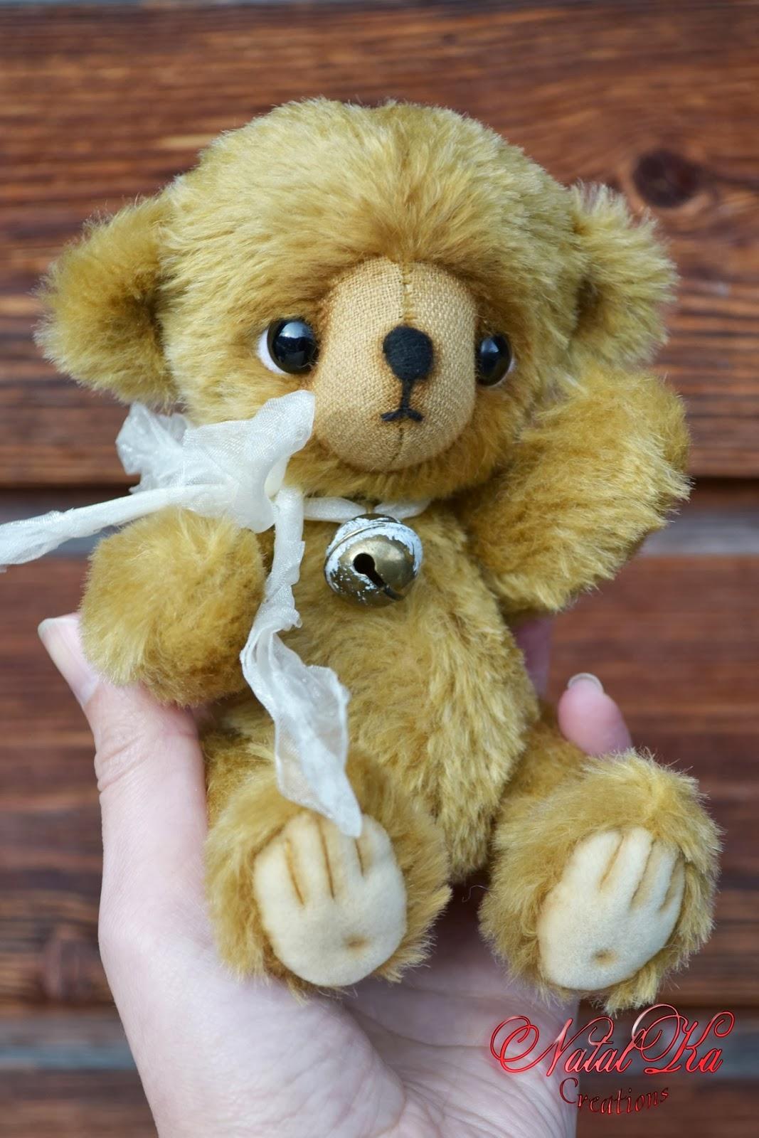 Artist teddy bears handmade by Natalka Creations. Handgemachte Künstler Teddybärs von NatalKa Creations.