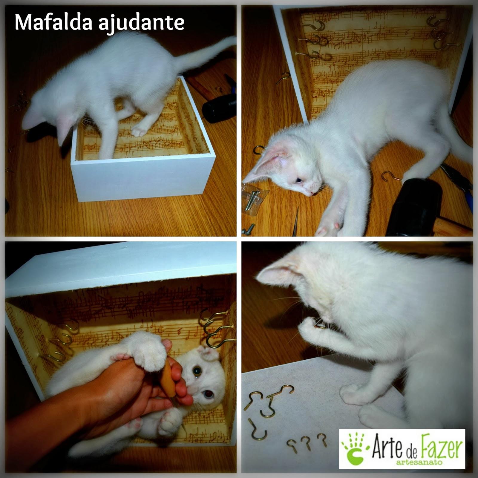 Mafalda ajudando o tempo todo