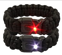 http://bisondesigns.com/BUKaLight%20Paracord%20Bracelet