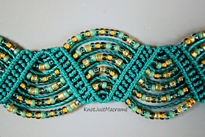 Drunkard's Path micro macrame bracelet by Sherri Stokey.