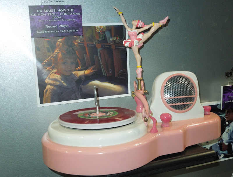 Grinch ballerina record player film prop