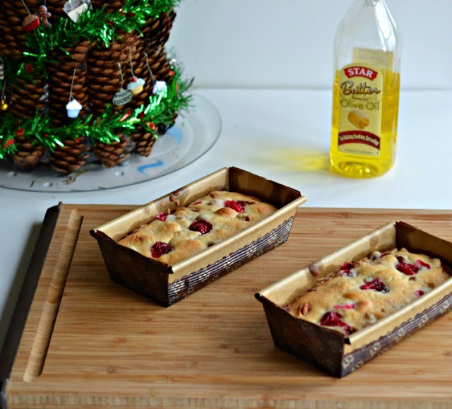 Cranberry Pecan Quick Bread