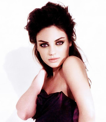 Actress Mila Kunis Latest HQ Wallpaper-95-800x600