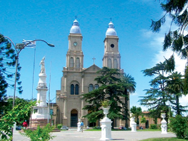 Estatua de la Libertad y Catedral de Florida