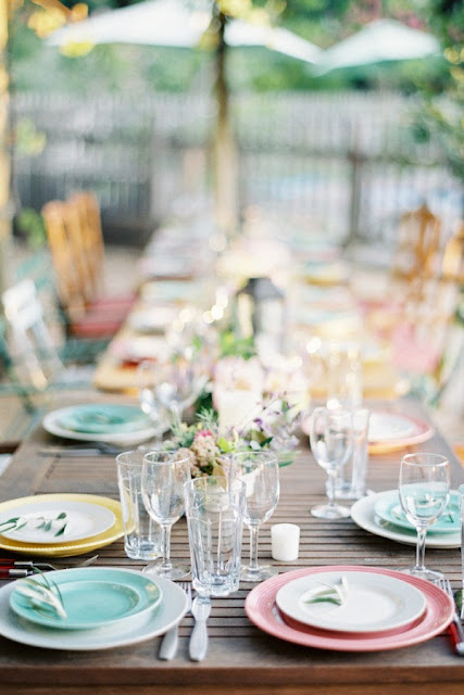 Colorful Outdoor Entertaining