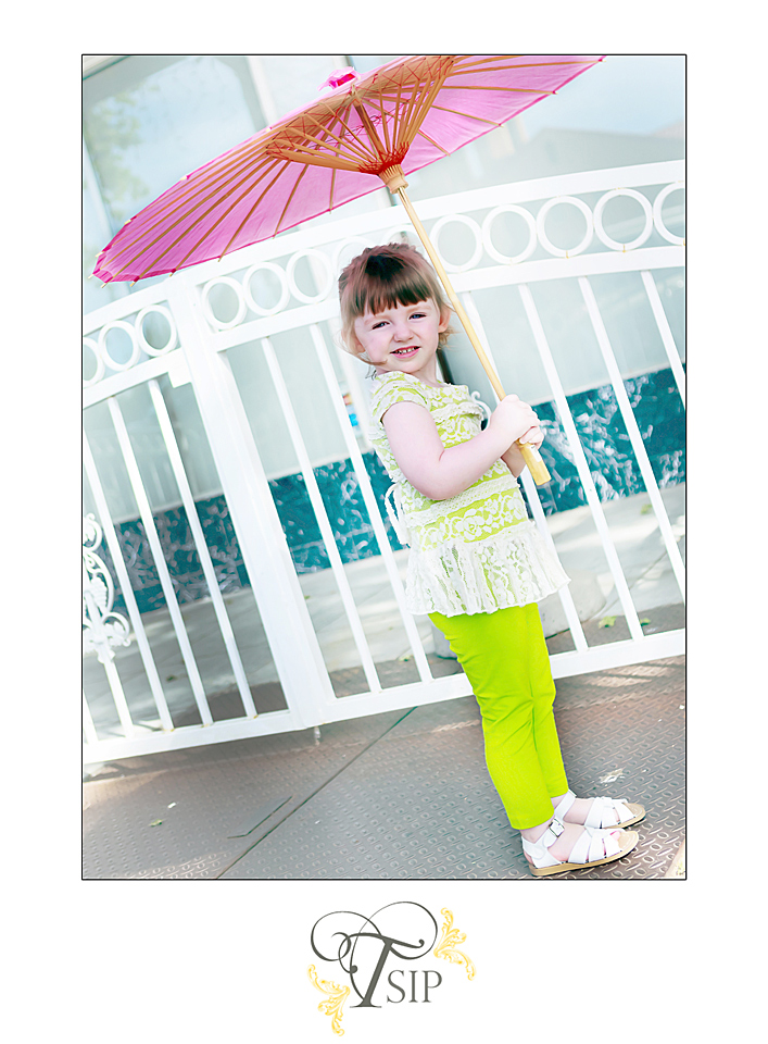 Time_Slips_In_Photos_Toddler_with_Pink_Parasol
