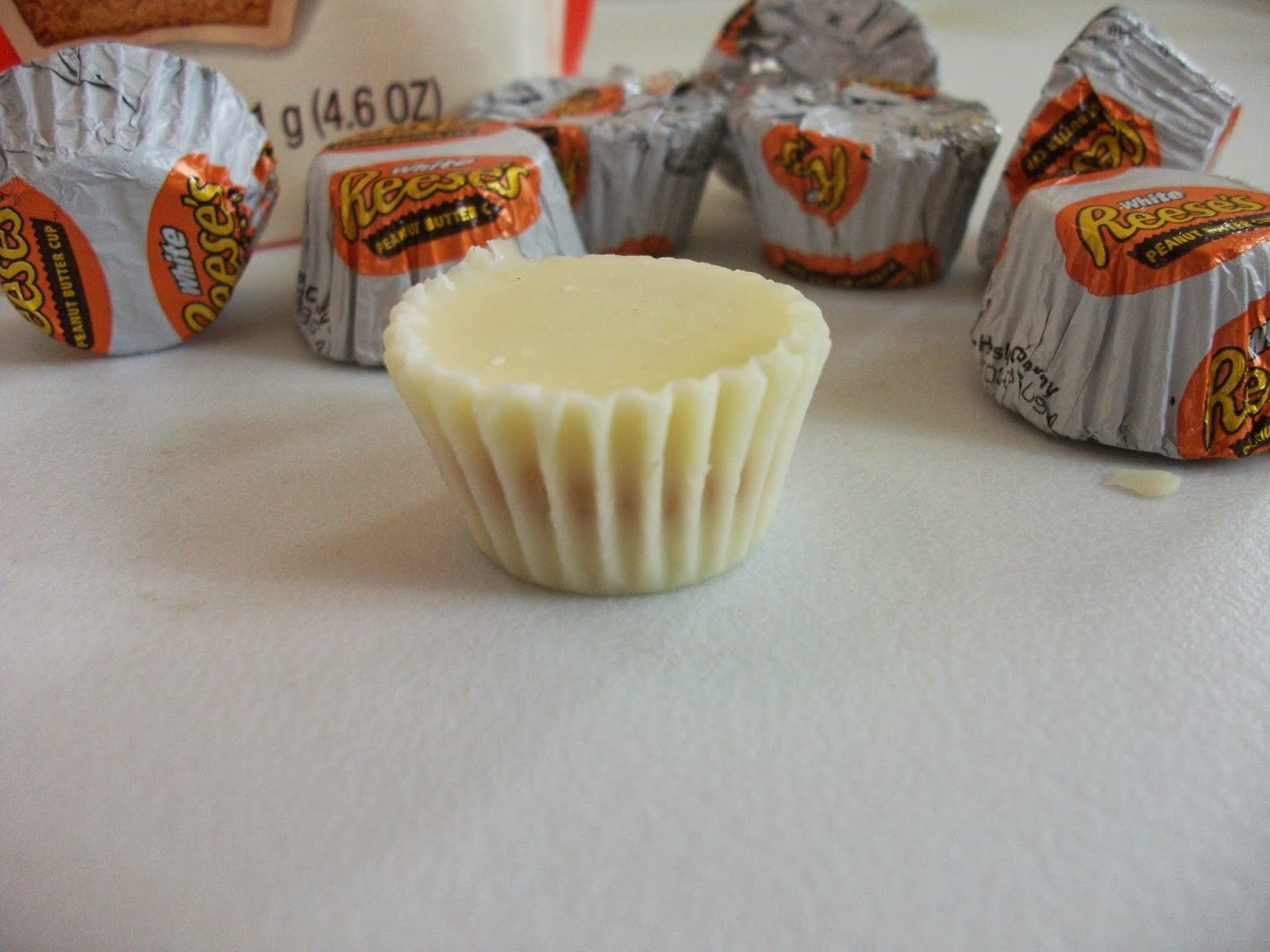 ... Reviews: Reese's White Chocolate Peanut Butter Cups Miniatures Review