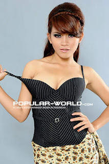 Evi Safitri for Popular World BFN, May 2013