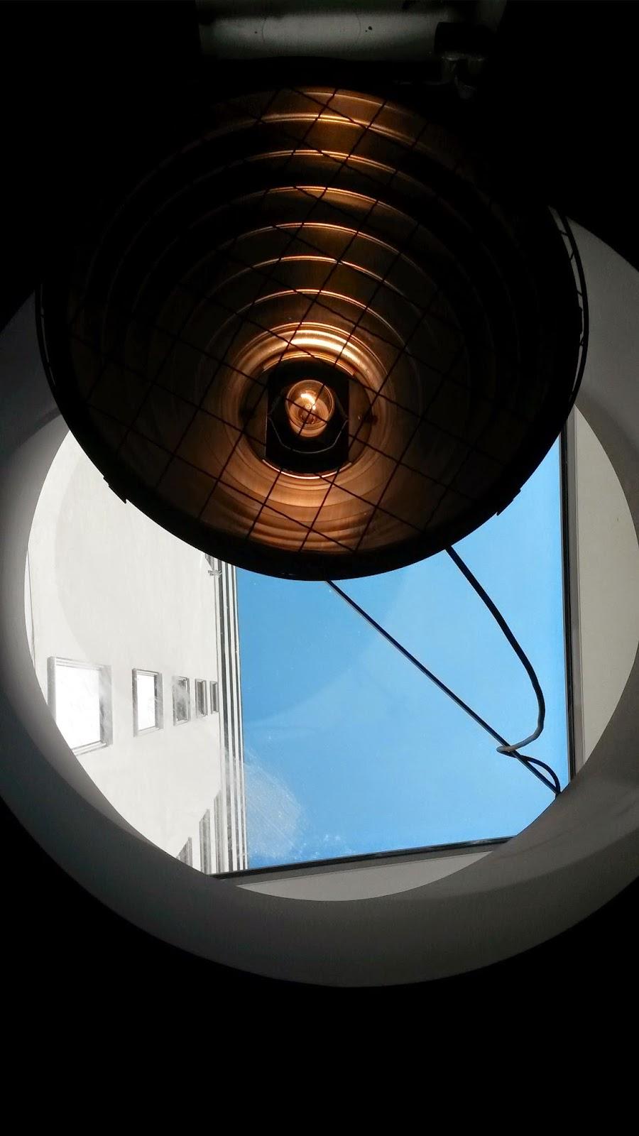 Ausblick aus Dachfenster im 25hours Wien