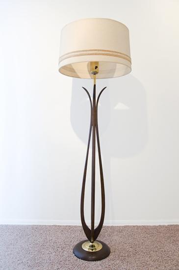 modern tulip floor lamp the tale of an estate sale virgin in tulsa. Black Bedroom Furniture Sets. Home Design Ideas