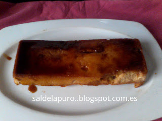 flan-pudding de turrón y bollería