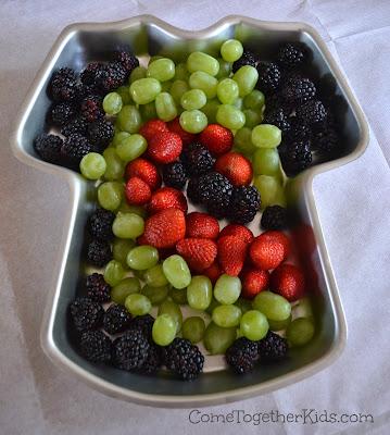 """""""Tie Dye"""" Fruit Tray"""