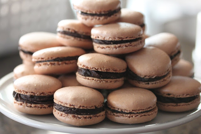 Ovaltine macarons