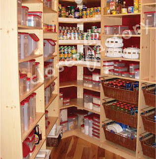 Paper rock scissors small walk in maple melamine pantry for Closet design los angeles