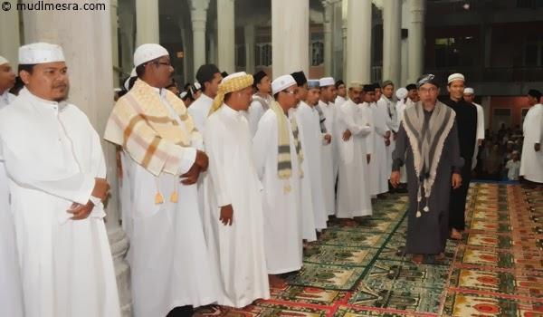 Abu beserta dewan guru MUDI.