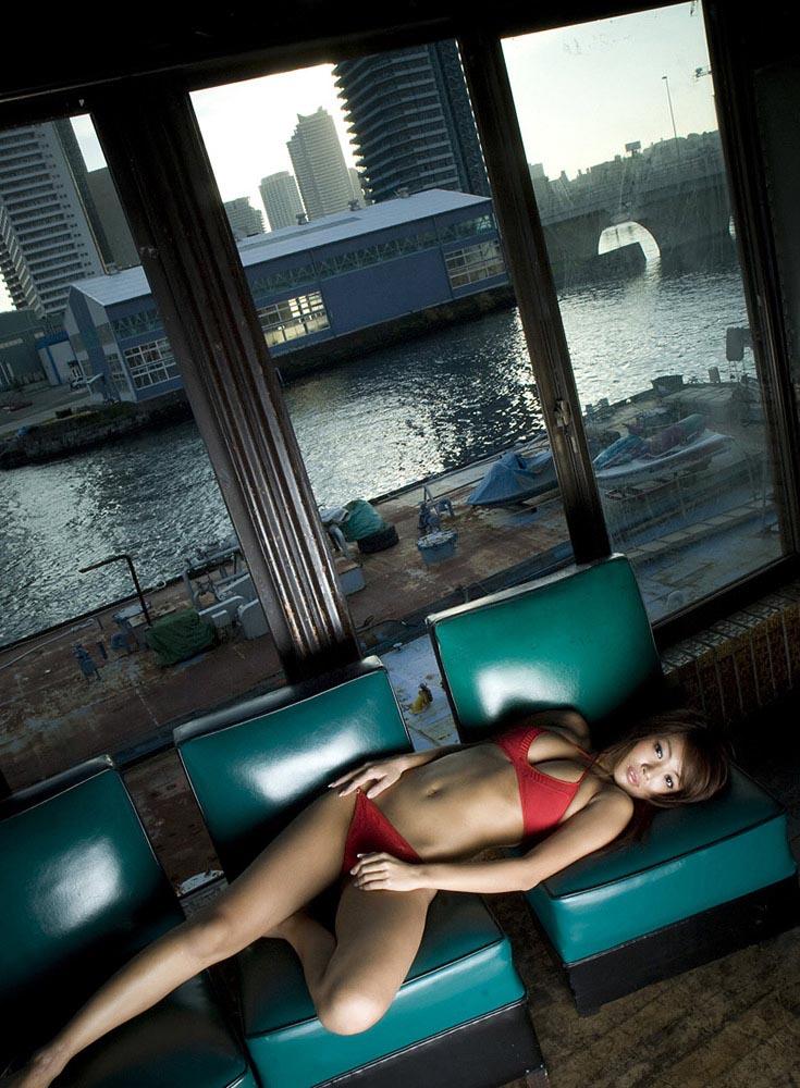 kana tsugihara sexy nude photos 01