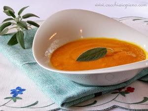 MINHA SUGESTÃO PARA VOCÊS: Sopa de cenoura, abóbora e sálvia