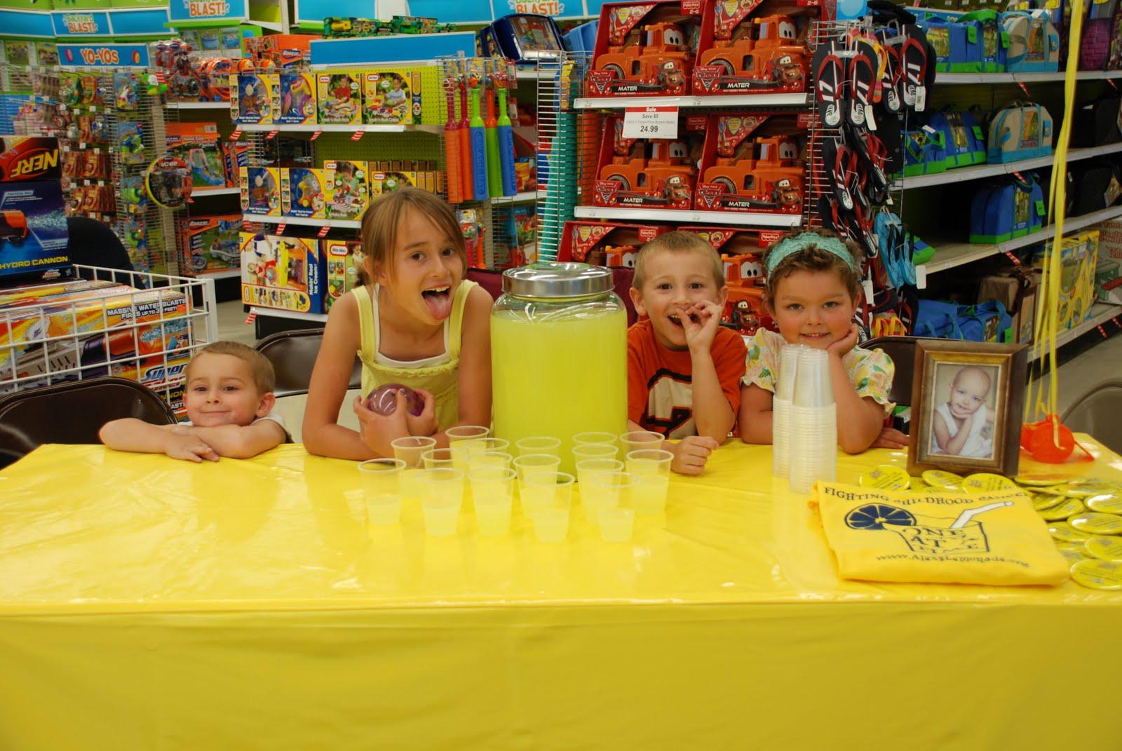 Toys R Us Lemonade Stand : The sudbury family