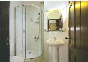bồn tắm đứng tiện nghi đẳng cấp