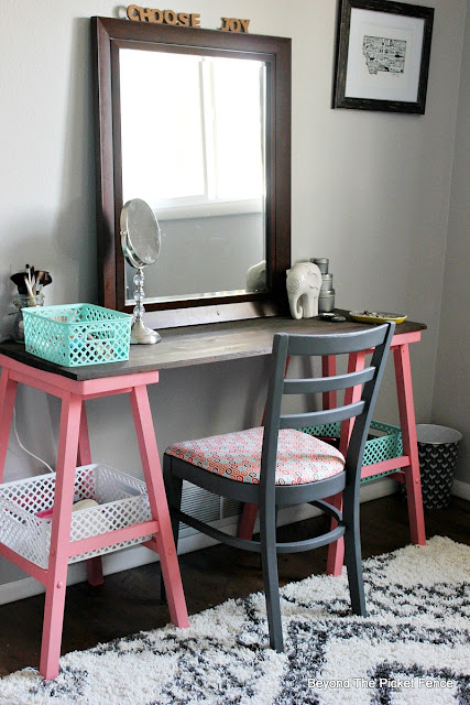vanity, DIY, stools, spray paint, teen bedroom, mirror, tribal print, makeover, chair, grey paint, http://bec4-beyondthepicketfence.blogspot.com/2015/10/teen-attic-bedroom-easy-vanity.html