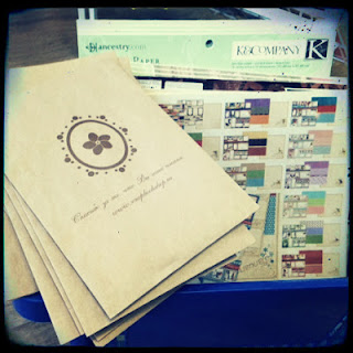 Скрапбукшоп на выставке Формула рукоделия (1-3 марта 2013). Наборы бумаги. Подарки к каждой покупке!
