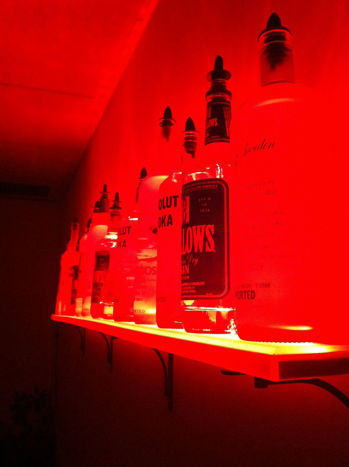 LED Liquor Shelves Display Wall Mount LIQUOR SHELVES