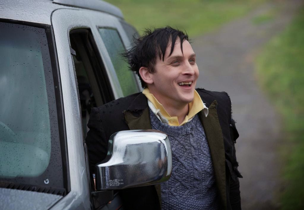 Robin Lord Taylor as Oswald Cobblepot The Penquin returns to Gotham in Fox Gotham Season 1 Episode 2 Selina Kyle