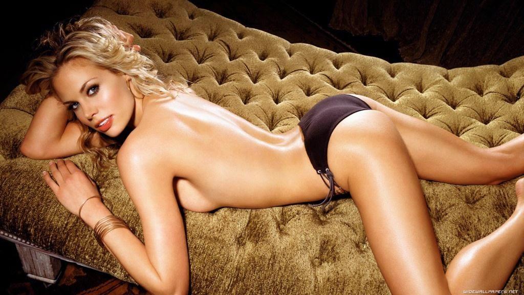 صور مسربة عارية لـ الممثلة الأمريكية بروك بيرنز