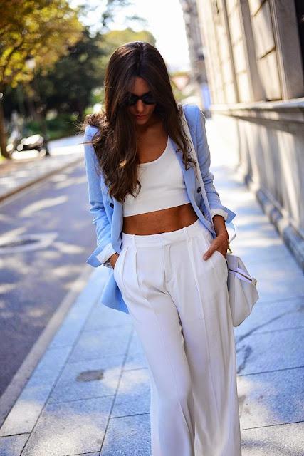 Look tons pastel tendencia primavera verão 2015 top crop e pantalonas brancas