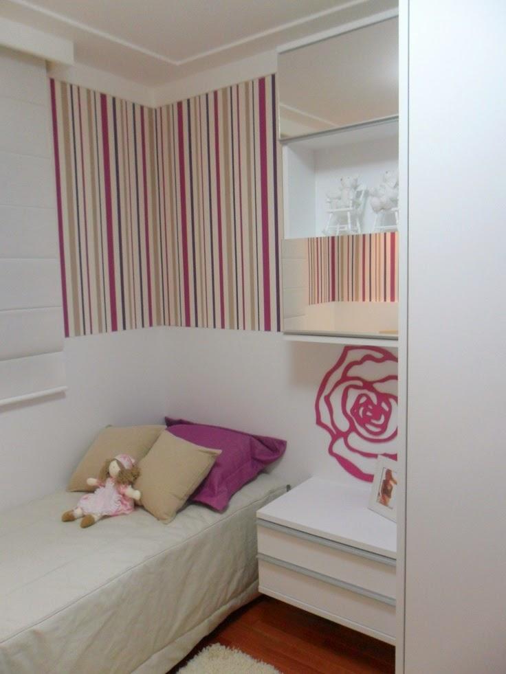 dormitorio menina com papel de parede