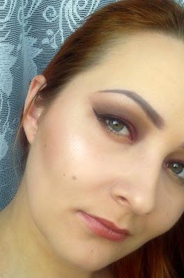 Szybki, jesienny makijaż dla fanek mocnego oka :)
