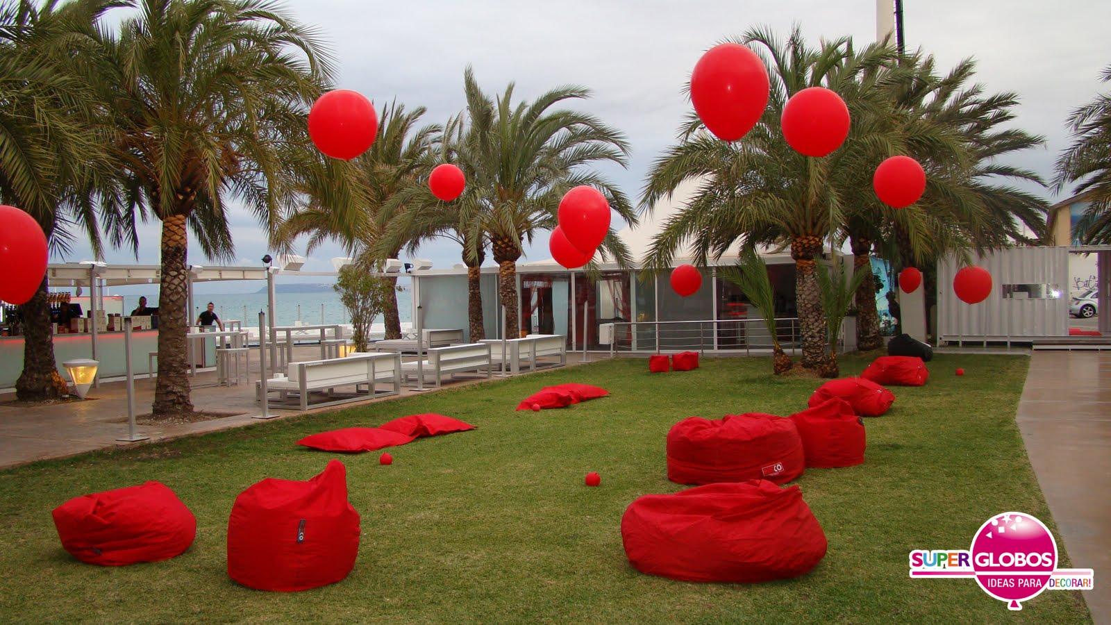 Decoraci n con globos para eventos y fiestas superglobos for Decoracion para pared dia de la madre