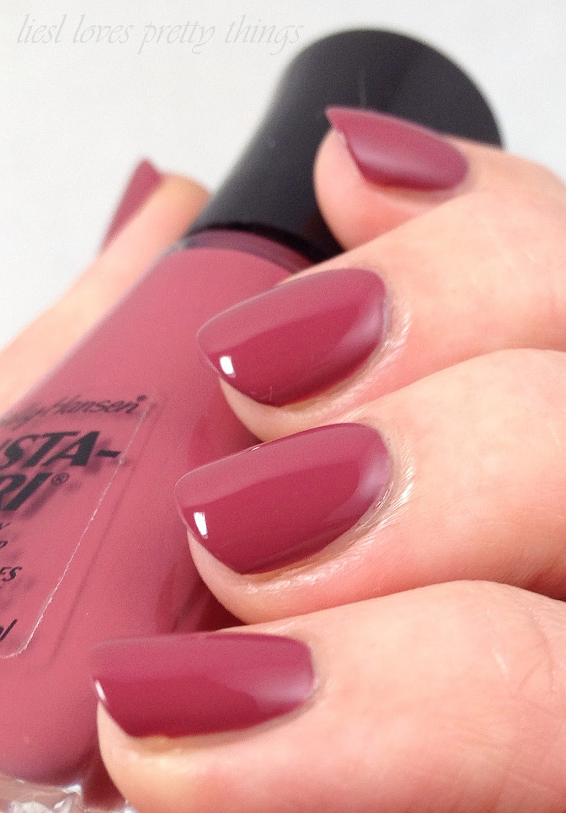 Pantone Color of the Year 2015 Marsala Sally Hansen Insta-Dri Expresso