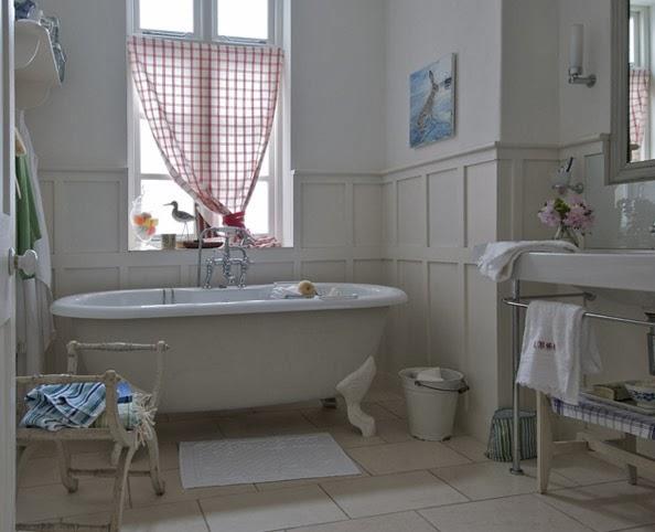 David dangerous traditional bathroom design for Roll top bathroom ideas