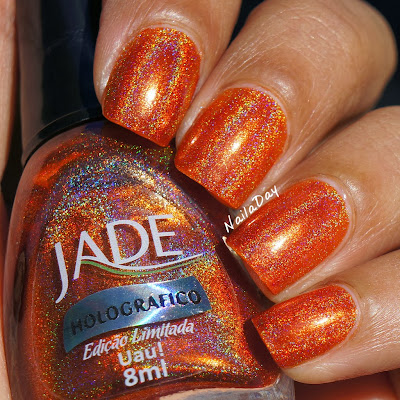 NailaDay: An amazing orange holo: Jade Uau!