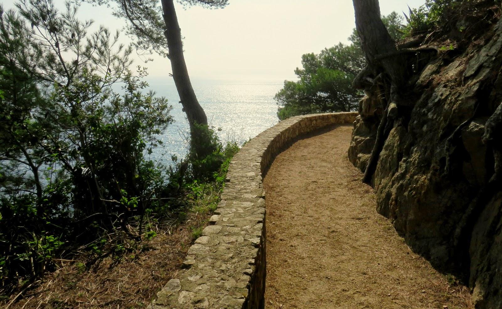calella de palafrugell,  cami de ronda, playa del castell