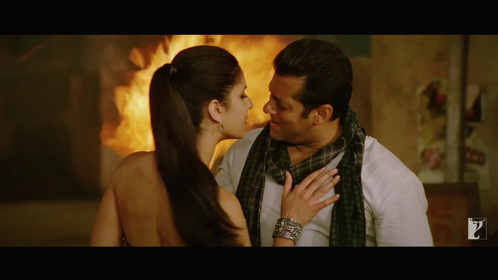 Fashion Maza: Ek Tha Tiger Movie wallpapers