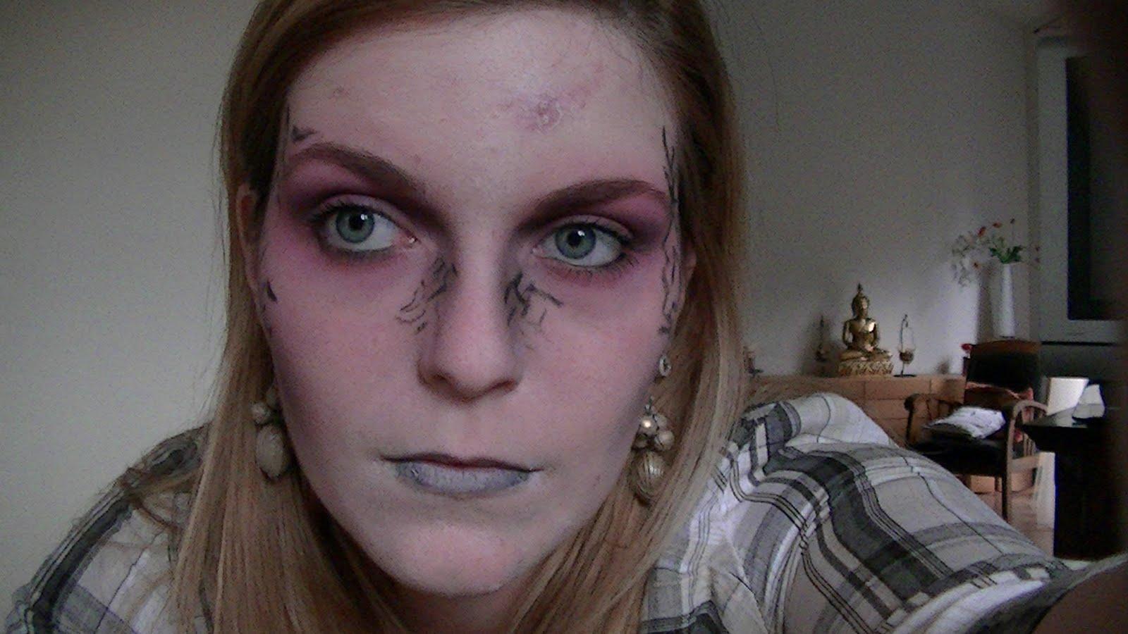 Beaut rat e vid o maquillage d 39 halloween zombie chic - Video maquillage halloween ...