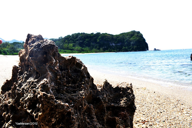 the rock, puerto galera