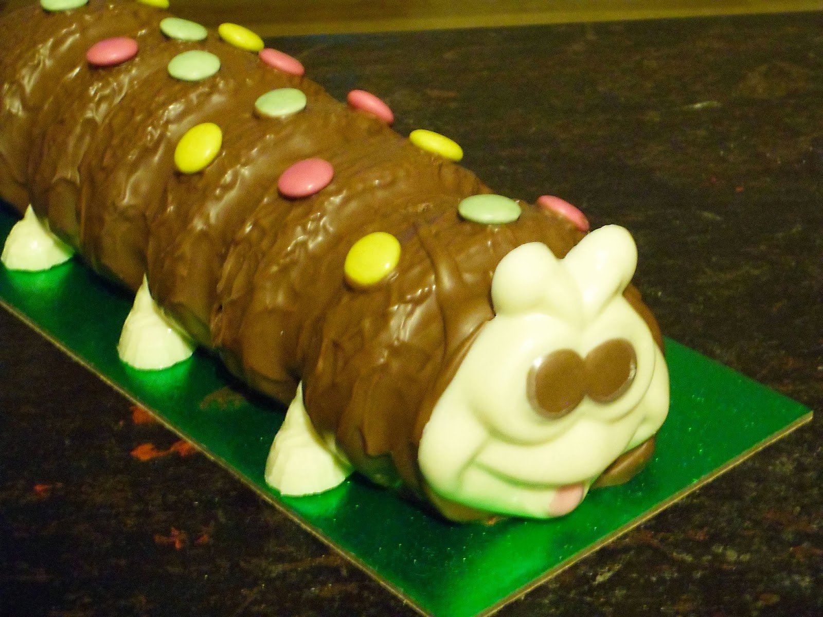 How To Make A Caterpillar Birthday Cake
