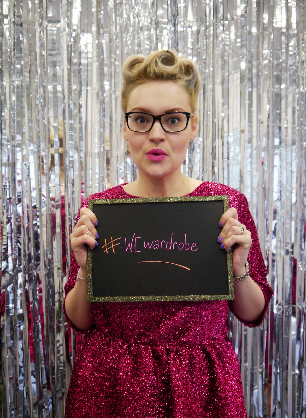 photobooth, DIY, sparkly, chalkboard, party, sequin dress, VintageStyleMe, victory rolls, Betty Garble, pout