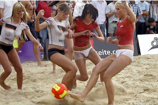 Οι γυναίκες Ποδόσφαιρο