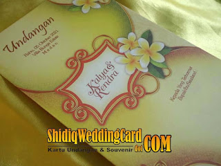 http://www.shidiqweddingcard.com/2015/11/mq008.html