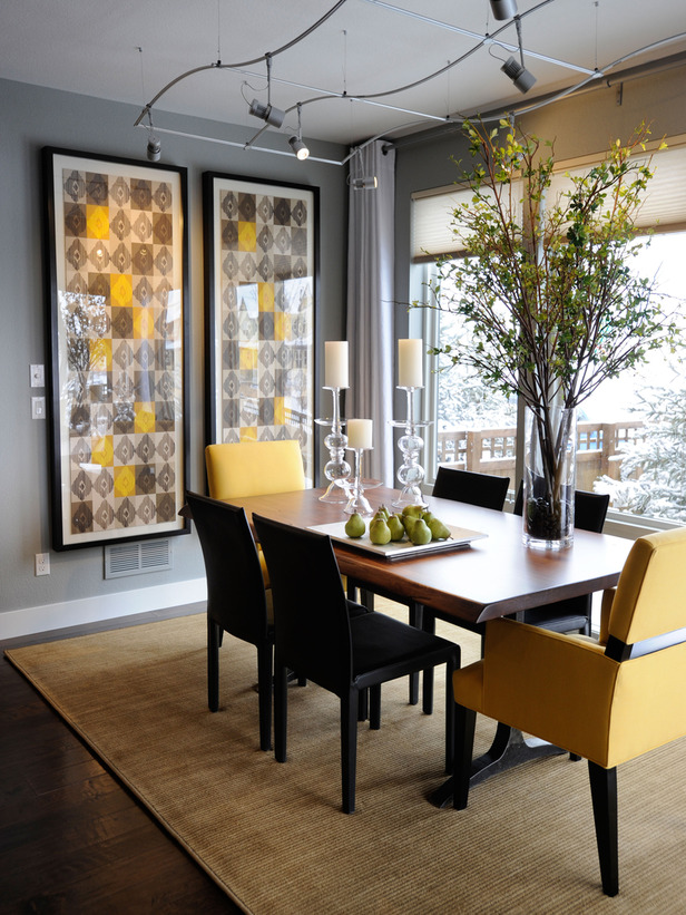 Glices Reminiscent Of Midcentury Modern Wallpaper Add Drama And Color In The Dining Room