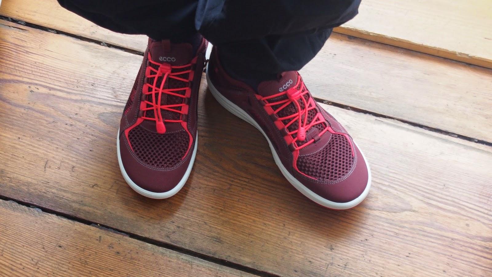 Uudet kengät Fitness bootcamppia varten