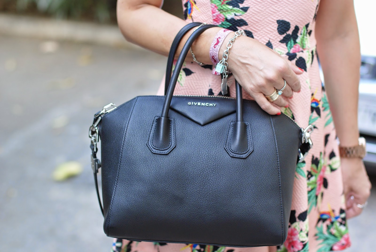 Givenchy Antigona small black, Fashion and Cookies, fashion blogger