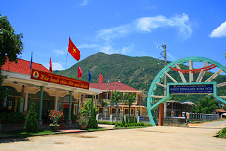 Cho thuê xe ở tại Hoa Bình- Kim Bôi
