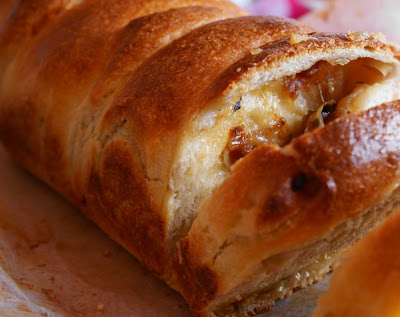 Recipe-For-Cheese-Stuffed-Bread